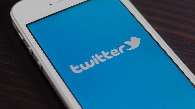 تويتر يتوقف عن العمل صباح الاربعاء